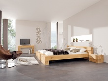 so bauen sie sich individuelle m belst cke aus massivholzbalken ratgeber bauhaus. Black Bedroom Furniture Sets. Home Design Ideas